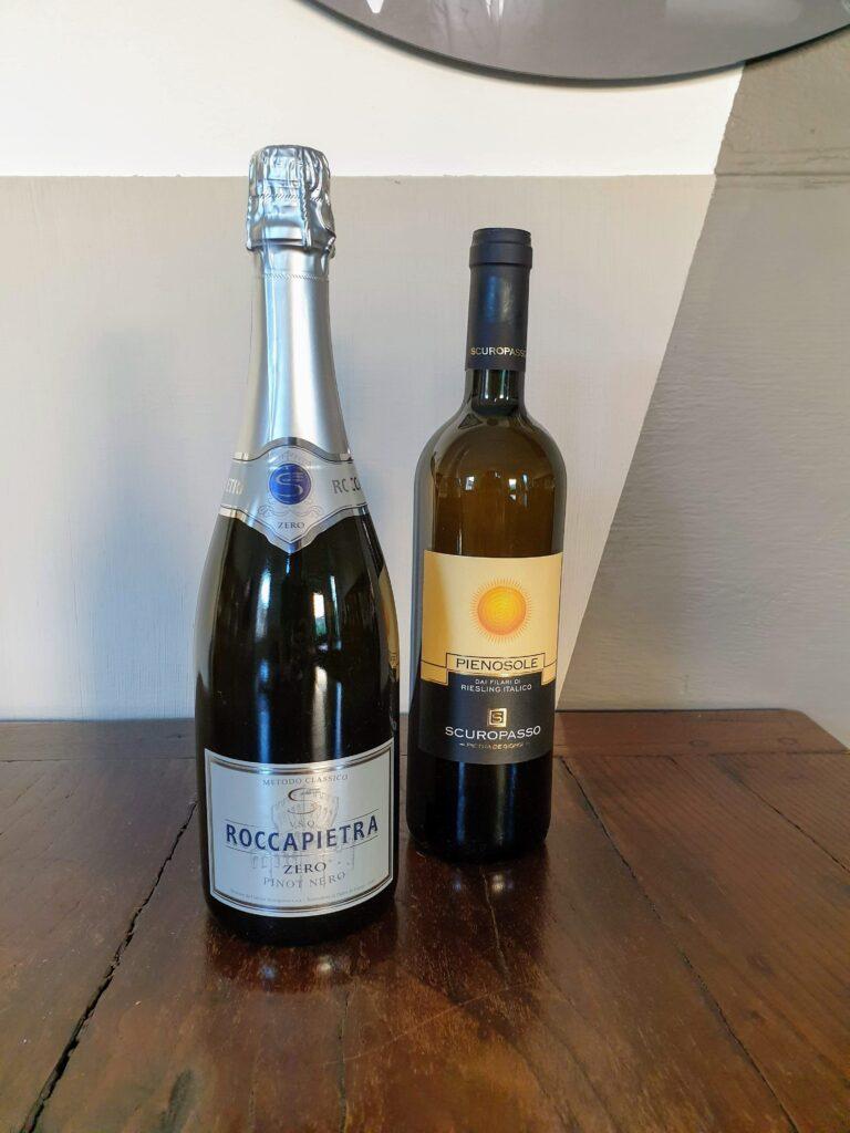 Due bottiglie di Scuropasso